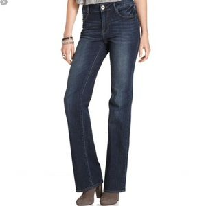LIKE NEW DKNY Soho Jeans Bootcut sz 10R